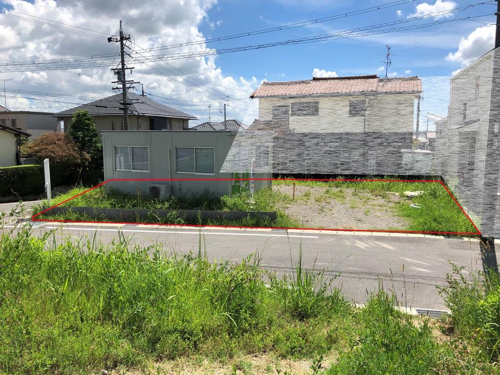 建築条件付土地分譲 鳴丘三丁目